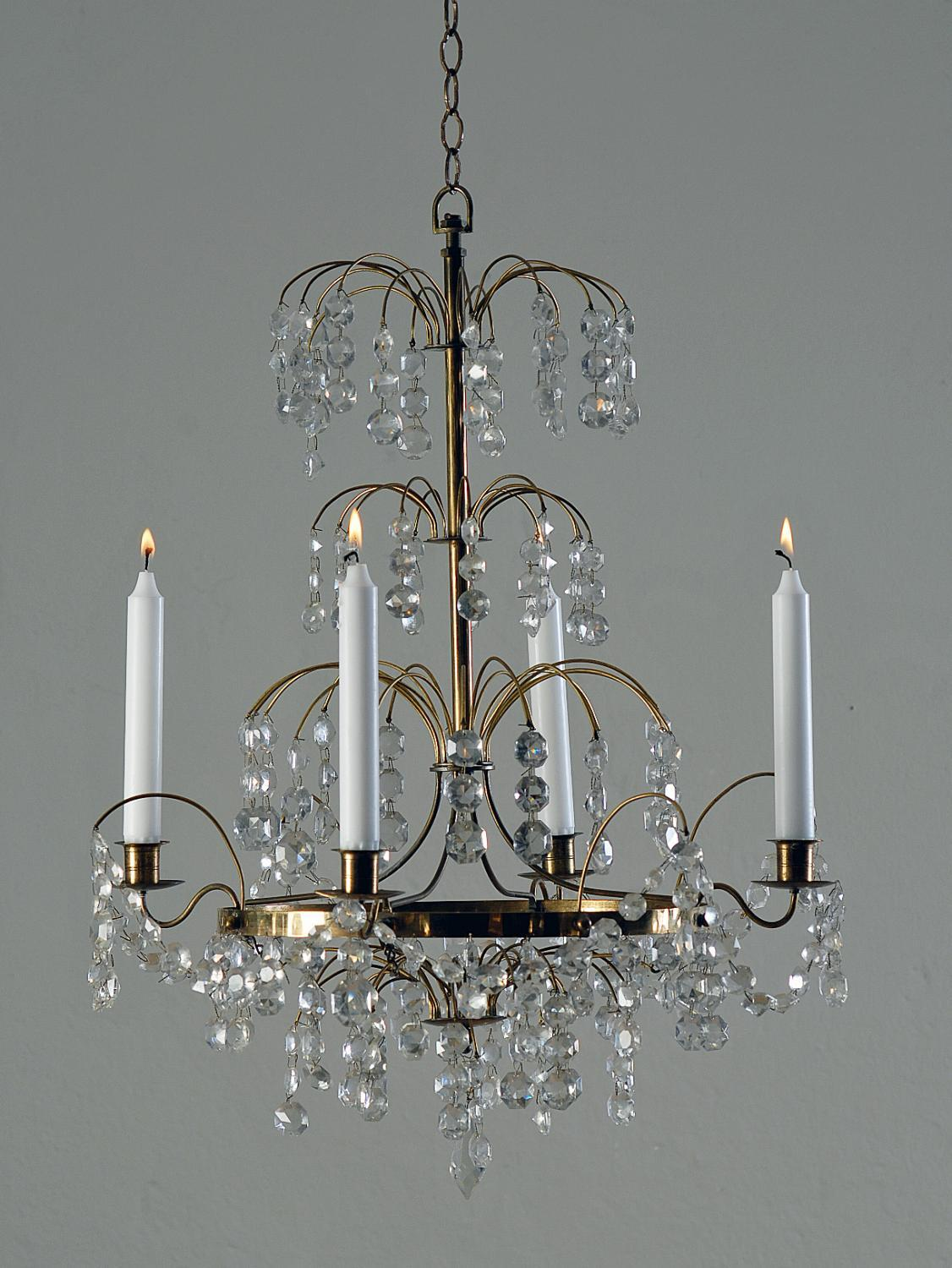 Stylish and Delicate Gustavian Chandelier