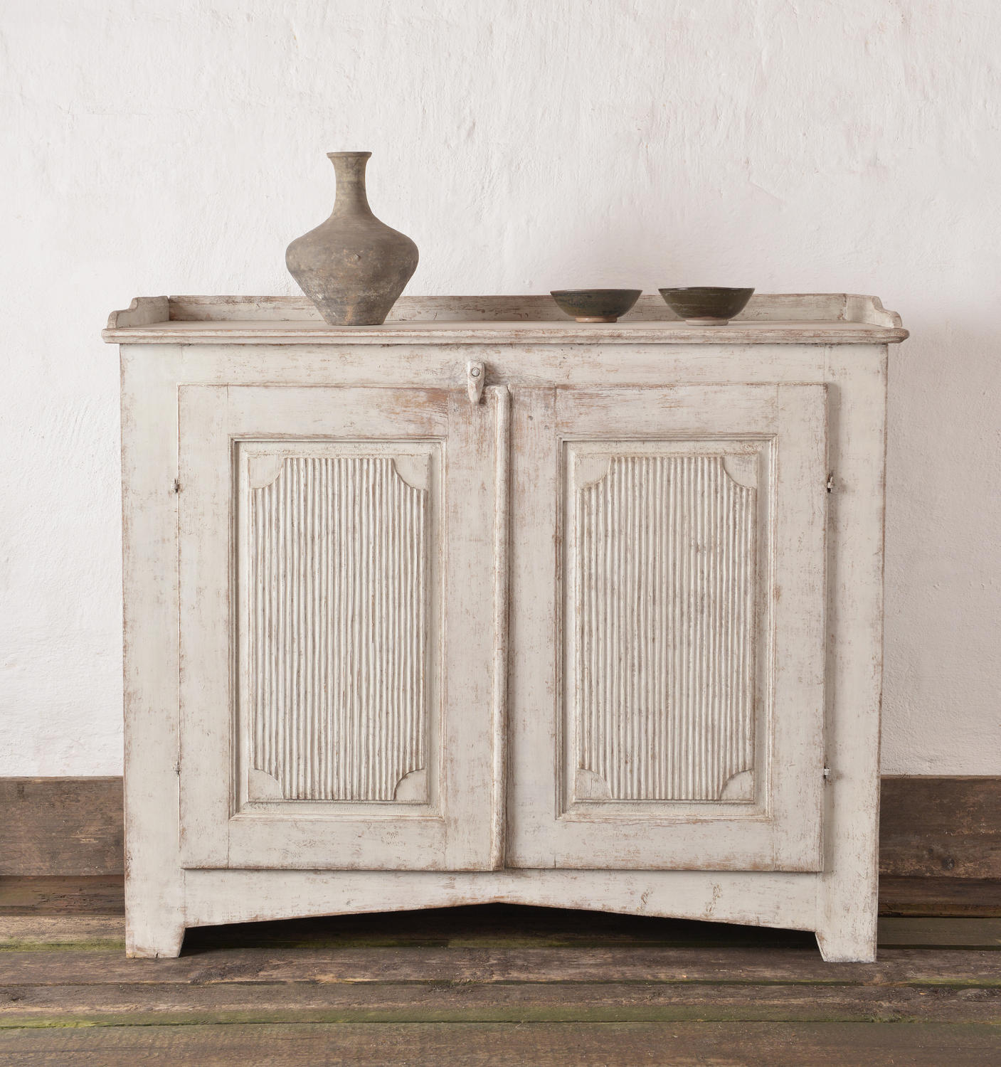 Stunning Swedish ca 1800  Late Gustavian Side