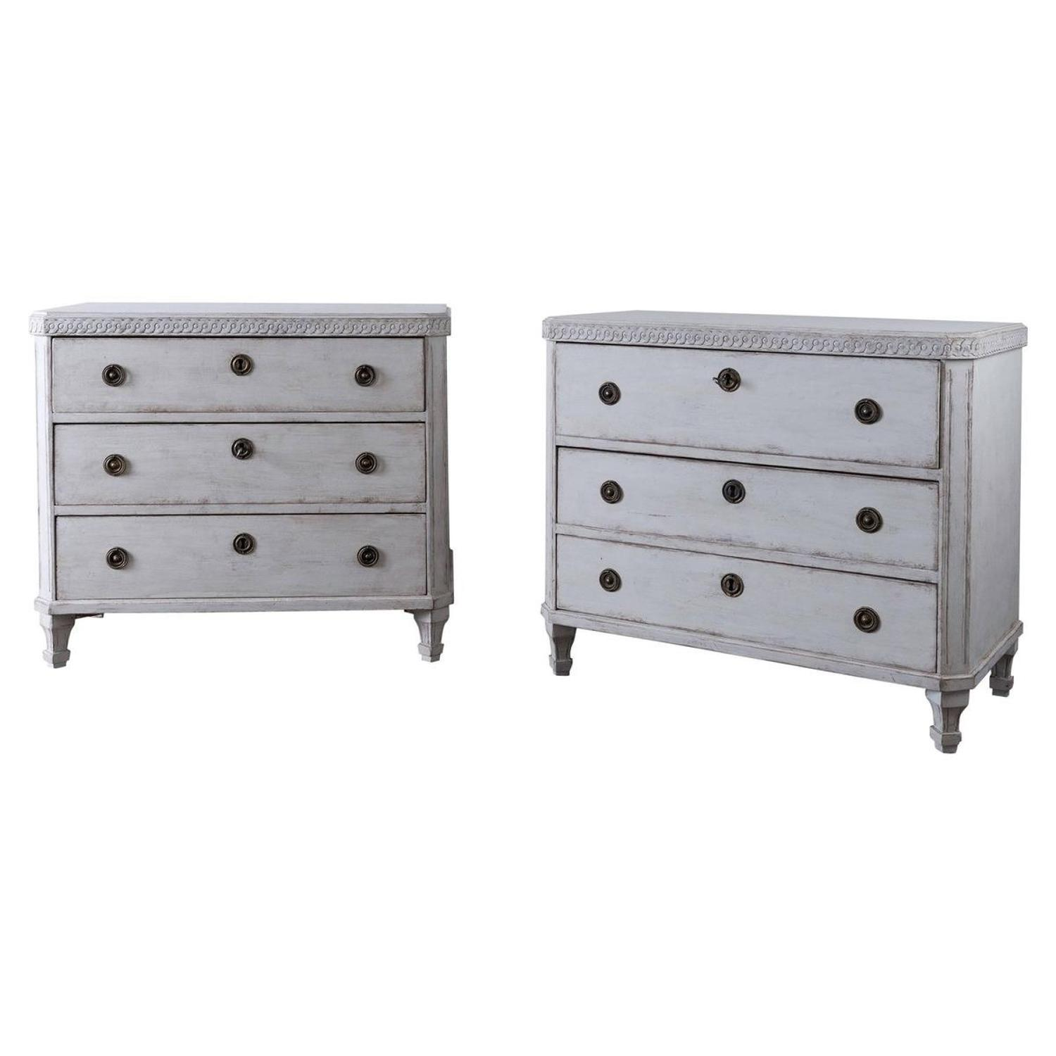 Pair of Elegant Gustavian Style 19th Century Chests of Drawers