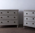 Pair of Elegant Gustavian Style 19th Century Chests of Drawers - picture 3